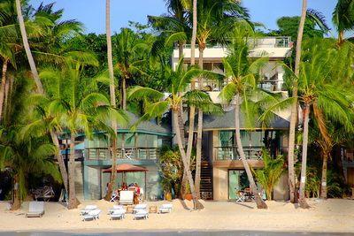 Beach House A Boracay